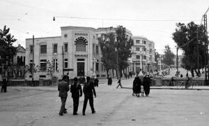En 1942, les Français libres inaugurent Radio-Damas, la première radio syrienne
