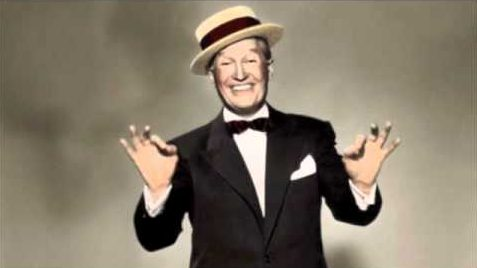 quand maurice chevalier chante pour la premi re fois dans un studio de radio les radios au. Black Bedroom Furniture Sets. Home Design Ideas