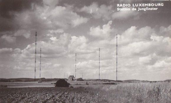 16 novembre 1937 : Radio-Luxembourg émet toute la journée sans interruption