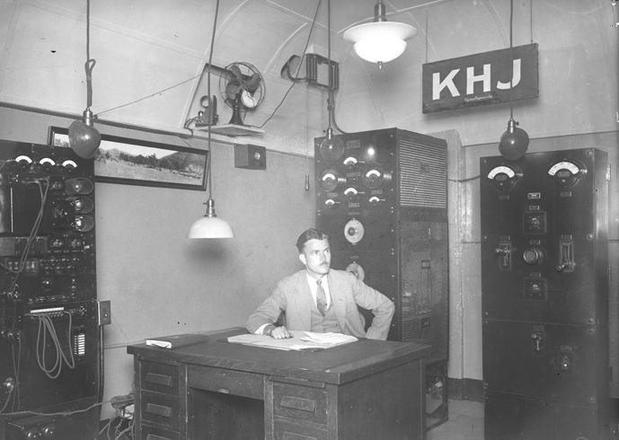 KHJ-AM,1927